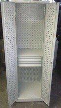DOSTAWA GRATIS! 77157252 Szafa narzędziowa z ściankami perforowanymi, 1 półka, 2 szuflady (wymiary: 2000x600x600 mm)