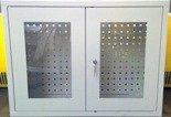 DOSTAWA GRATIS! 77170772 Szafka narzędziowa wisząca przeszklona, 1 półka, 2 drzwi (wymiary: 600x800x300 mm)