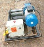 Tretos 28862162 Elektryczna wciągarka linowa (siła uciągu: 330/260 kg)