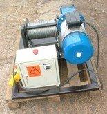 Tretos 28862173 Elektryczna wciągarka linowa (siła uciągu: 150/100 kg, długość liny: 170m, moc: 1,1kW)