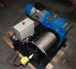 Tretos 28875128 Elektryczna wciągarka linowa (siła uciągu: 970kg, długość liny: 50m, moc: 2,2kW 500V)