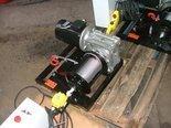 Tretos Elektryczna wciągarka linowa 150mb (siła uciągu: 340/230 kg, moc: 1,5kW 400V) 28877999