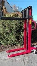 Wózek masztowy ręczny (udźwig: 1000kg, długość wideł: 1150mm, max podnoszenie: 1600 mm) 62676239
