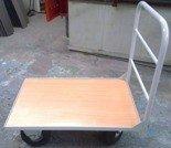 Wózek platformowy z 1 burtą rurkową (udźwig: 500 kg, wymiary: 1000x650 mm) 77157374