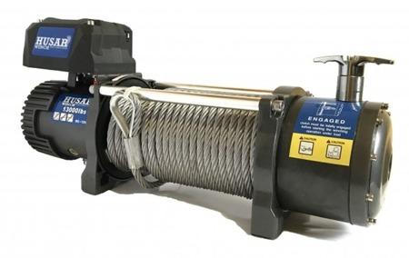 DOSTAWA GRATIS! 51971668 Wyciągarka Husar z liną stalową 12V (uźwig: 13000lbs / 5897 kg, długość liny: 25m)