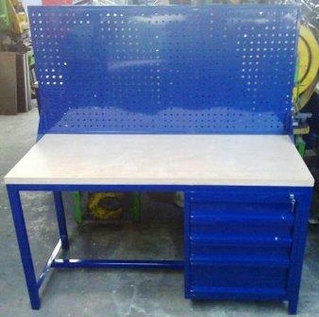 Stół warsztatowy z nadbudową perforowaną, 4 szuflady (wymiary: 1500x600x750 mm) 77156934